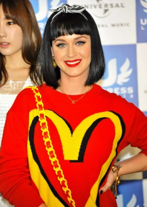 Katy Perry: 2014 U-Express Live Press Conference -03