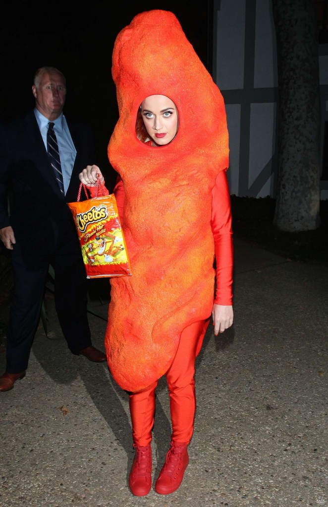 Katy Perry – Arriving at Kate Hudson's Halloween Bash in Brentwood