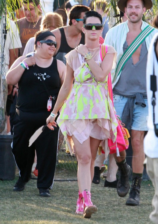 katy-perry-at-coachella-music-festival-day-3-04