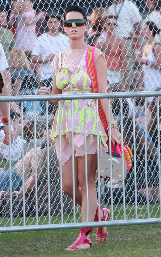 katy-perry-at-coachella-music-festival-day-3-11