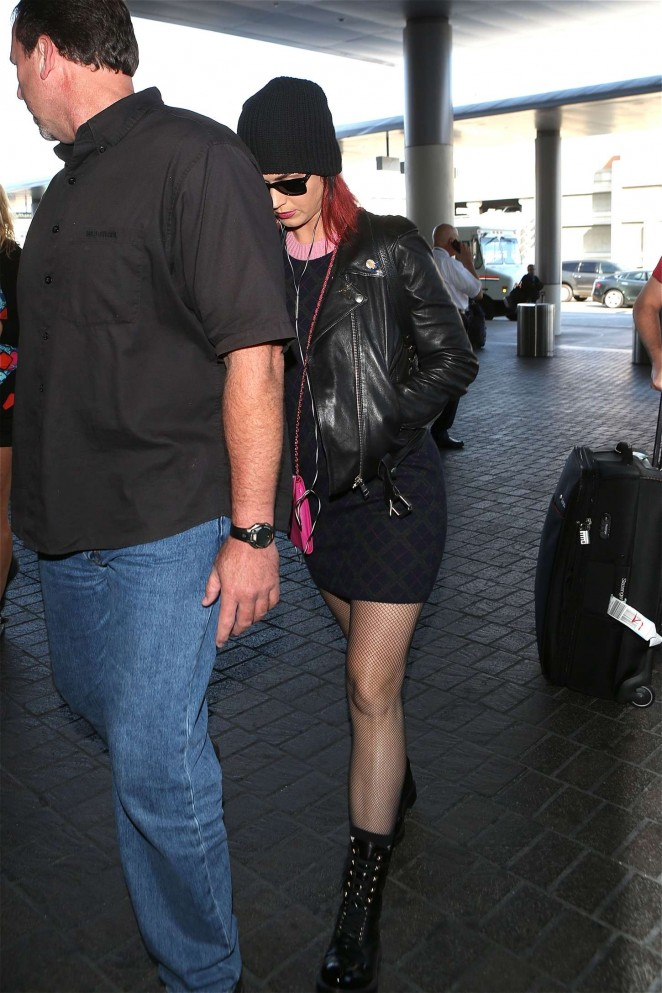 Katy Perry in Mini Skirt at LAX -15