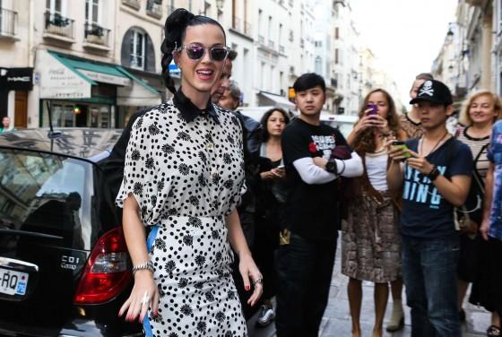 Katy perry at the colette boutique in paris 34 gotceleb - Magasin colette paris ...
