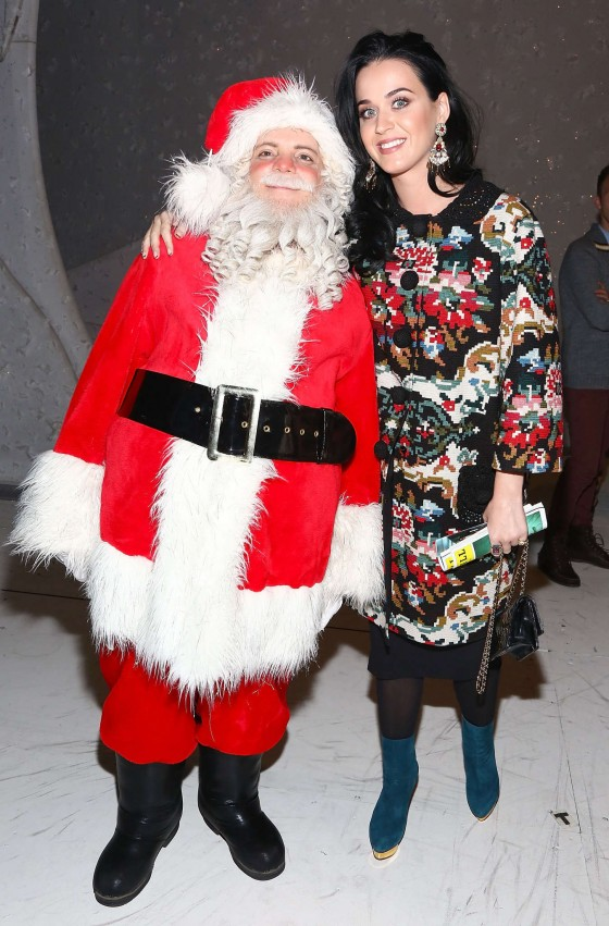 Katy Perry - Attending A Christmas Story, The Musical Broadway Performance - NYC