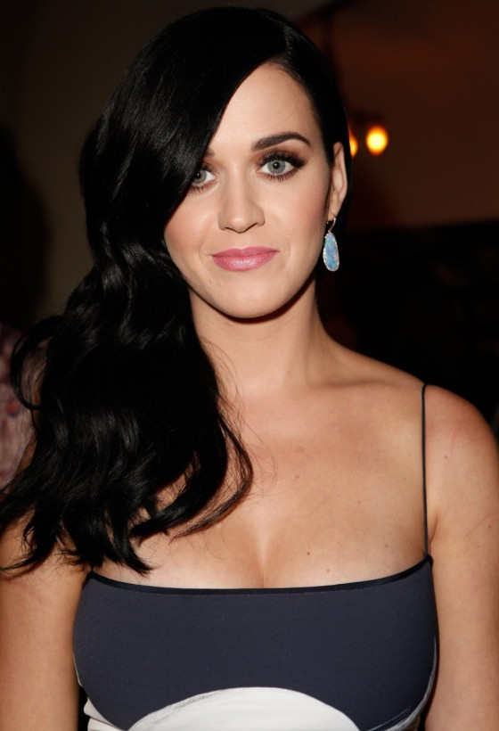 Katy Perry showing her cleavage at CFDA Vogue Fashion Fund Event