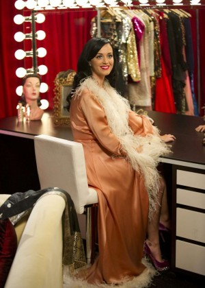 Katy Perry - Dressing Room at Victoria Secret Backstage