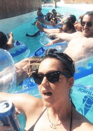 Katy Perry Enjoying The Lazy River - Selfies