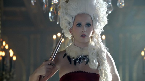 Katy Perry: Fragrance Killer Queen -09