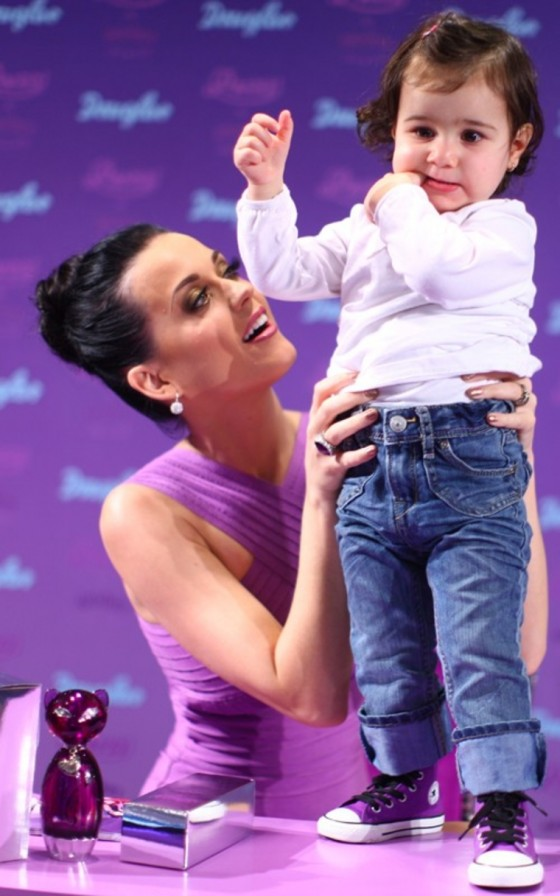 """Katy Perry – German launch """"Purr by Katy Perry"""""""