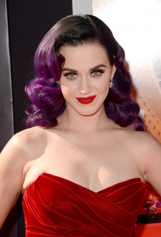 Katy Perry – looks gorgeous, Katy Perry: Part Of Me premiere in Los Angeles-16