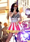 Katy Perry - looks gorgeous, Katy Perry: Part Of Me premiere in Los Angeles-47