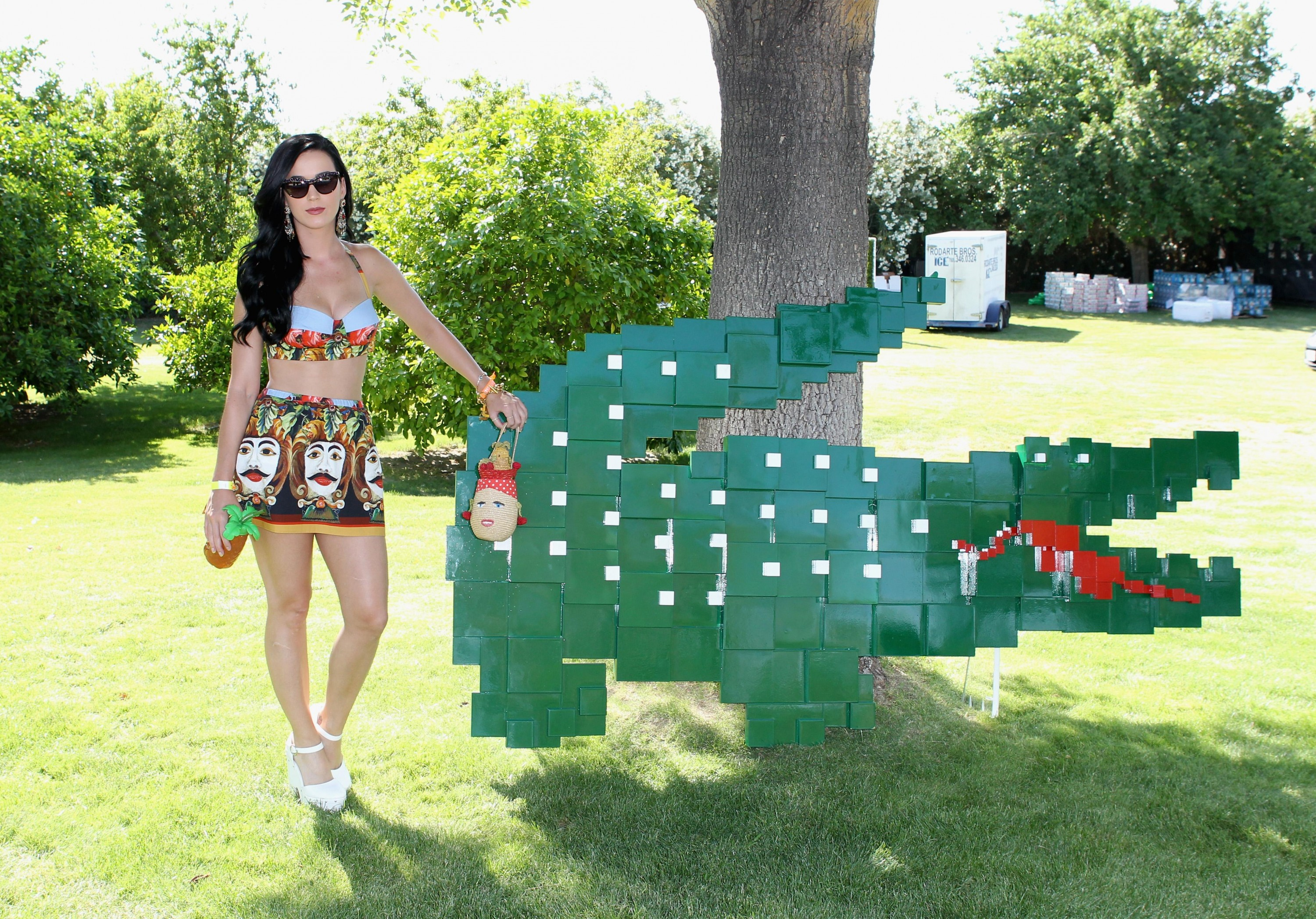 Katy Perry At Lacoste Live Pool Party At Coachella 06