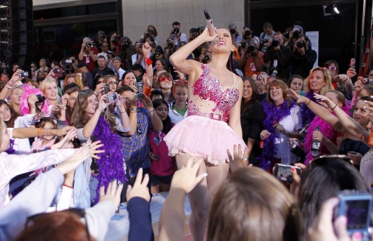 "Katy Perry – NBC's ""Today"" Show"