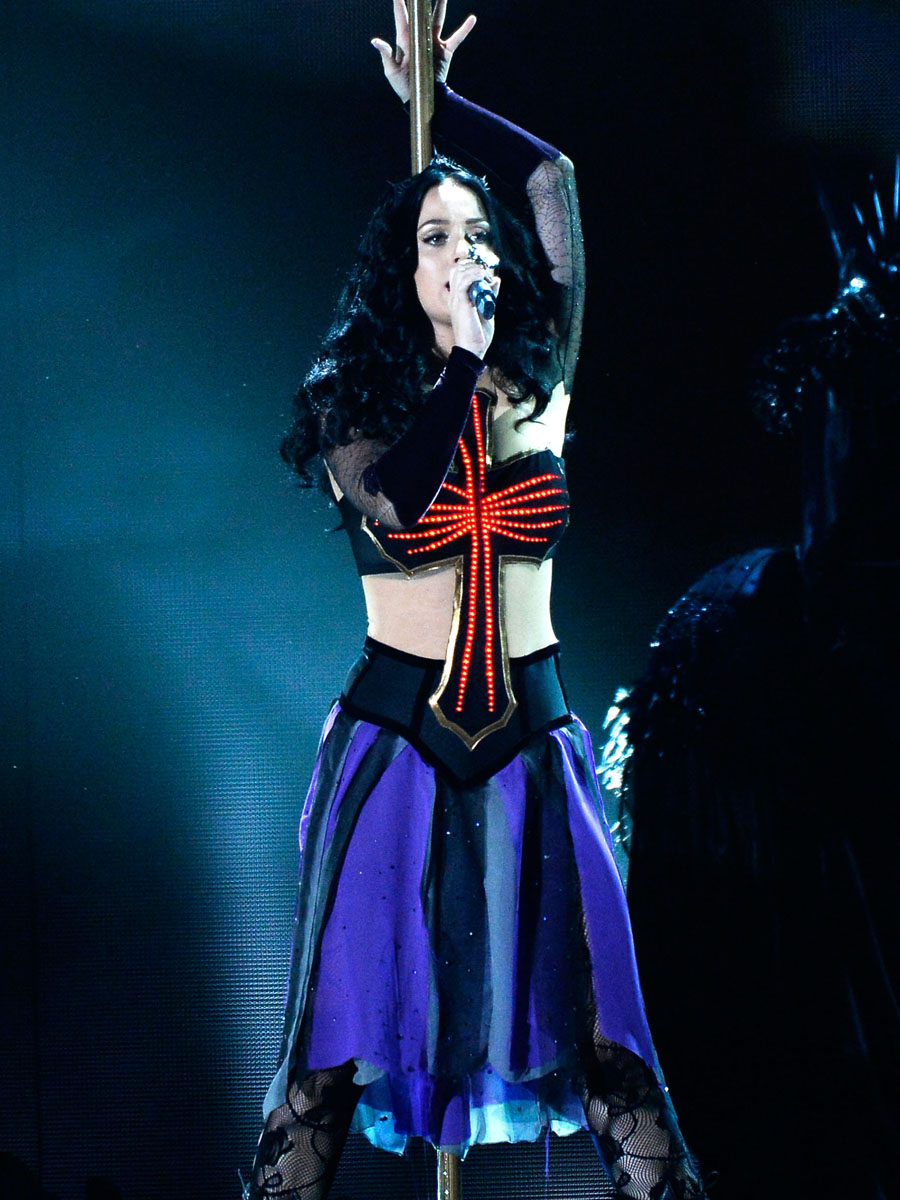 katy perry pictures 56th grammy performance 16 � gotceleb
