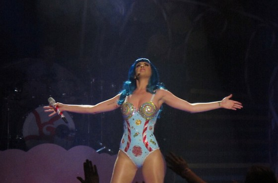 Katy Perry – Performs on stage at Concert in Melbourne