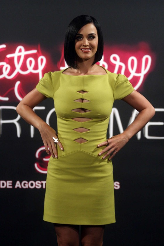 Katy Perry in yellow tight dress at Part of Me in Rio de Janeiro