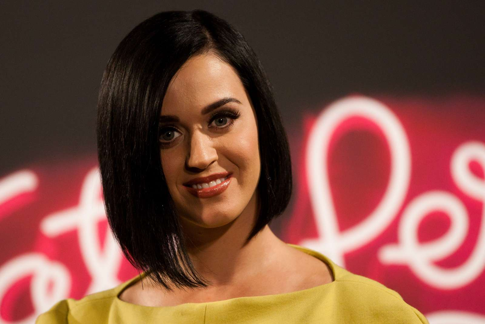 Katy Perry 2012 : katy-perry-photocall-part-of-me-in-rio-de-janeiro-09