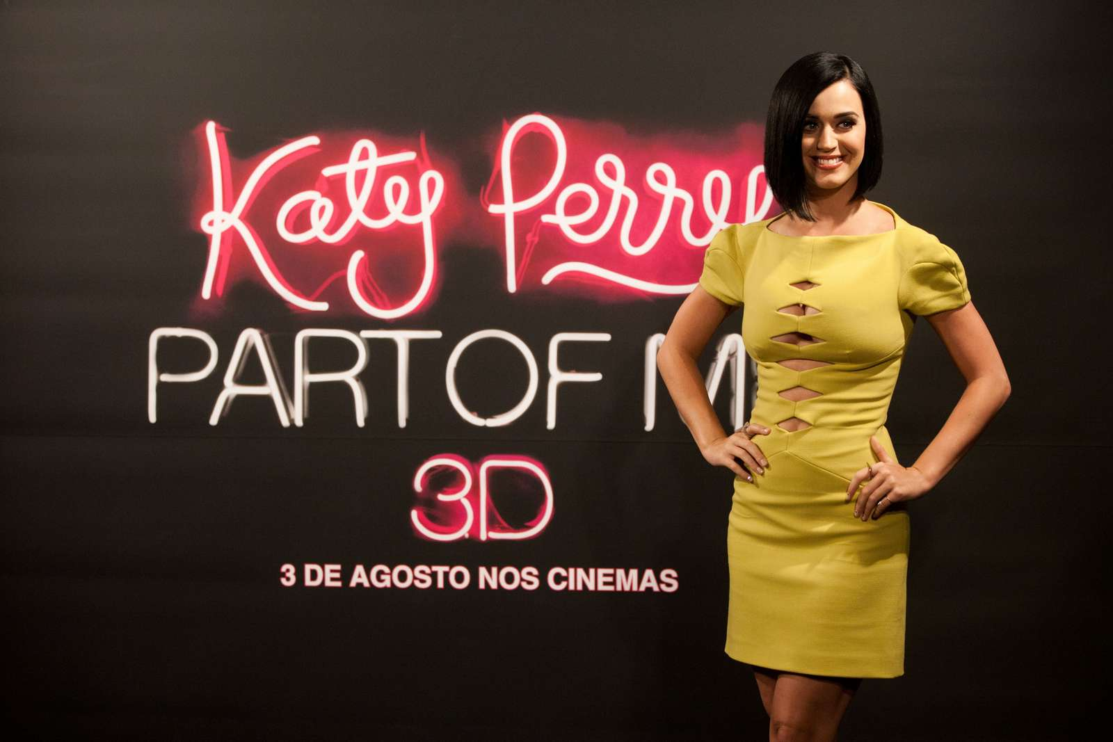 Katy Perry 2012 : katy-perry-photocall-part-of-me-in-rio-de-janeiro-14