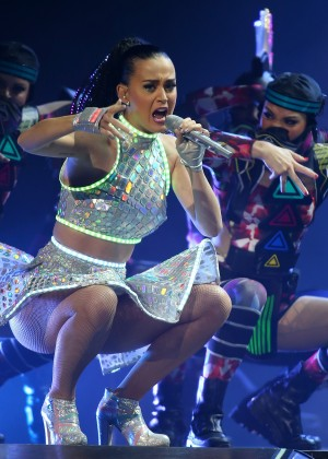 Katy Perry - Prismatic World Tour 2014 in Perth -04