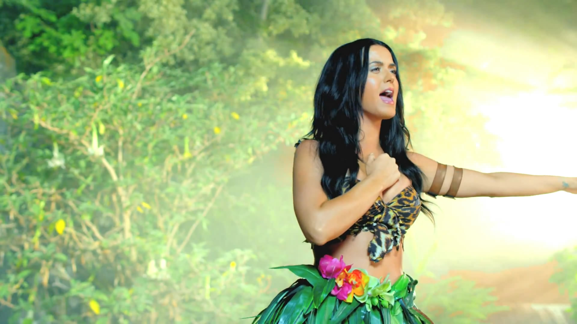Katy Perry Roar Music Video HD -08 – GotCeleb