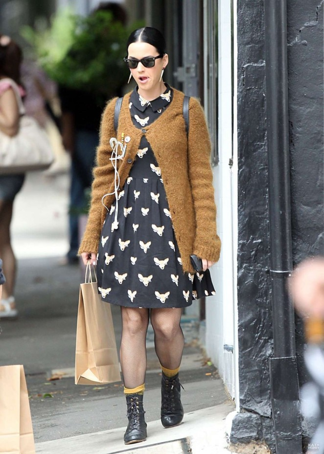 Katy Perry in Mini Dress - Shopping in Surry Hills
