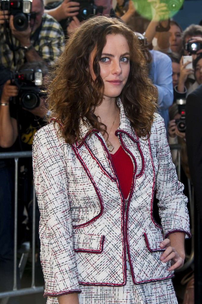 Kaya Scodelario - Chanel Fashion Show Spring-Summer 2015 in Paris