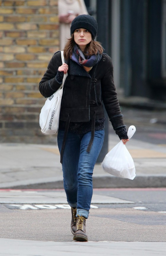 Keira Knightley in jeans -10