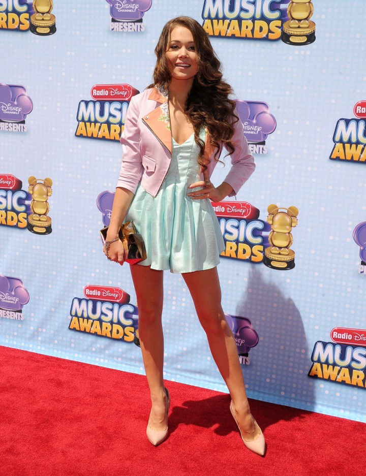 kelli berglund 2014 radio disney music awards in la