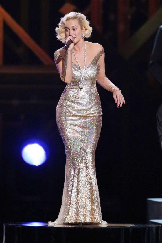 Kelly Pickler Cma 2013 | hairstylegalleries.com