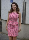 Kelly Brook - arrives home after appearing on Lorraine in London -06