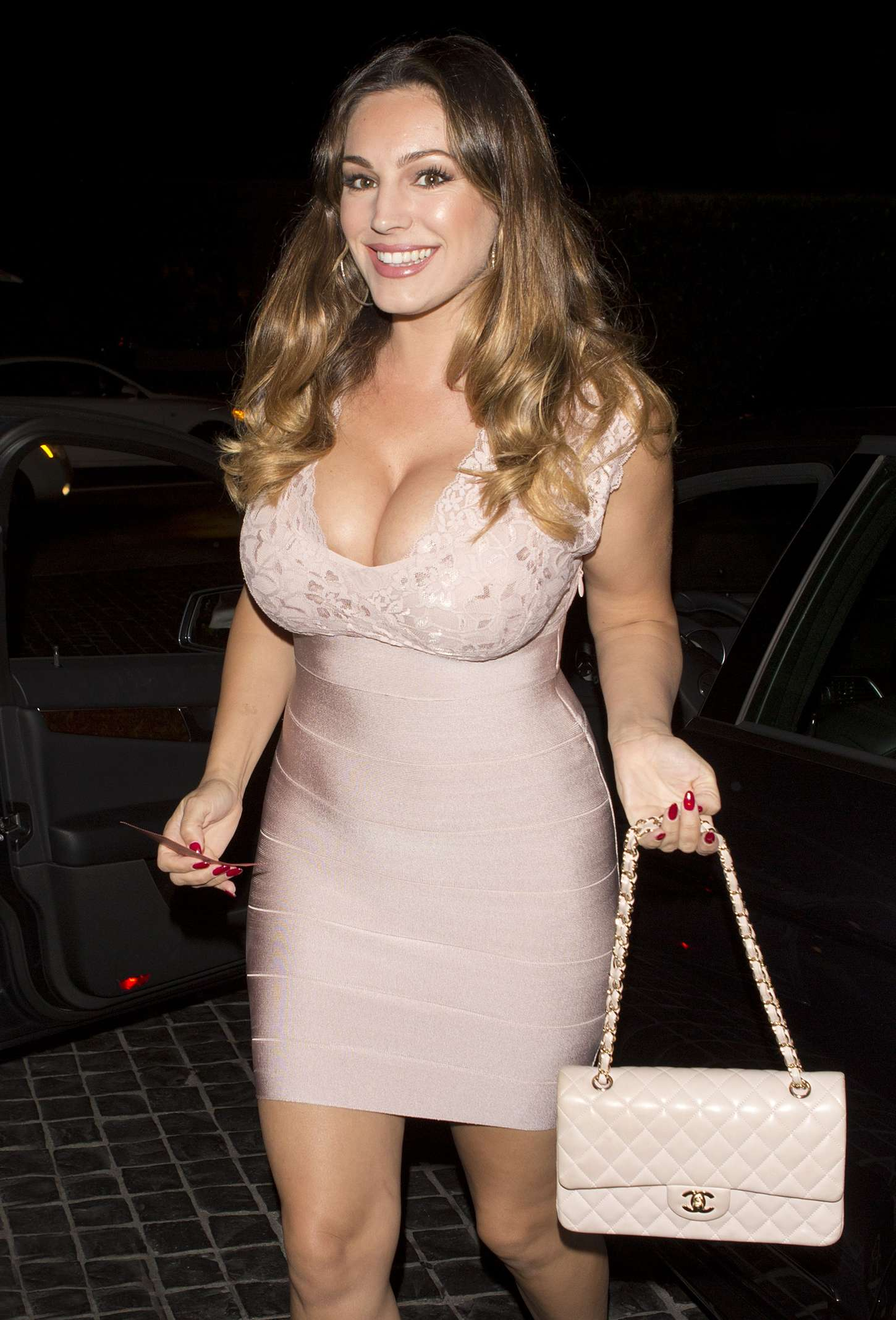 Kelly Brook at Cecconi's in West Hollywood | GotCeleb