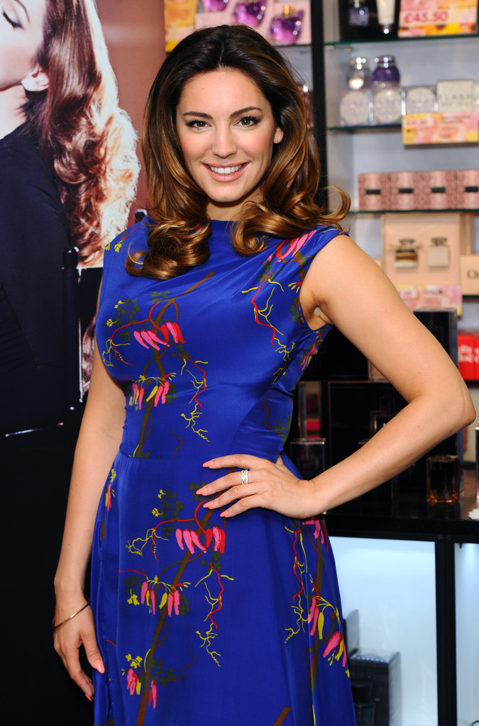 Kelly Brook: Audition Perfume Launch -09