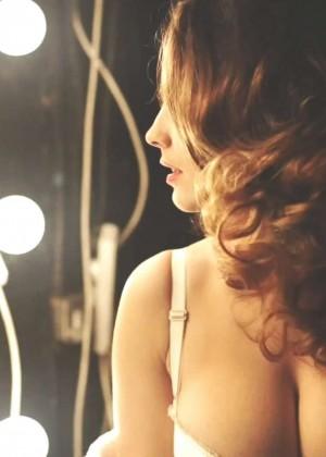 Kelly Brook: Audition Perfume Shoot -09