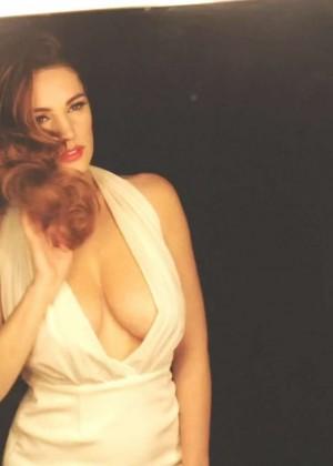 Kelly Brook: Audition Perfume Shoot -14