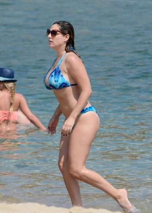 Kelly Brook Hot 85 Bikini Photos -12