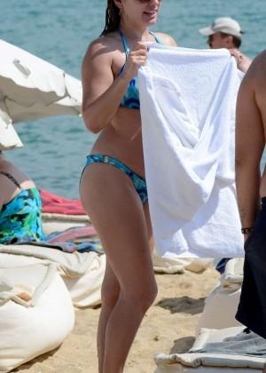 Kelly Brook Hot 85 Bikini Photos -22