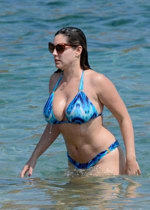 Kelly Brook Hot 85 Bikini Photos -32