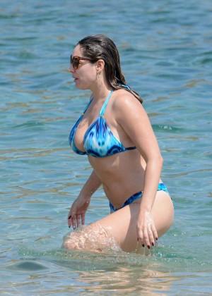 Kelly Brook Hot 85 Bikini Photos -78