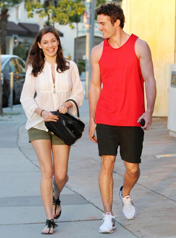 Kelly Brook 2011 : kelly-brook-nice-legs-in-la-08