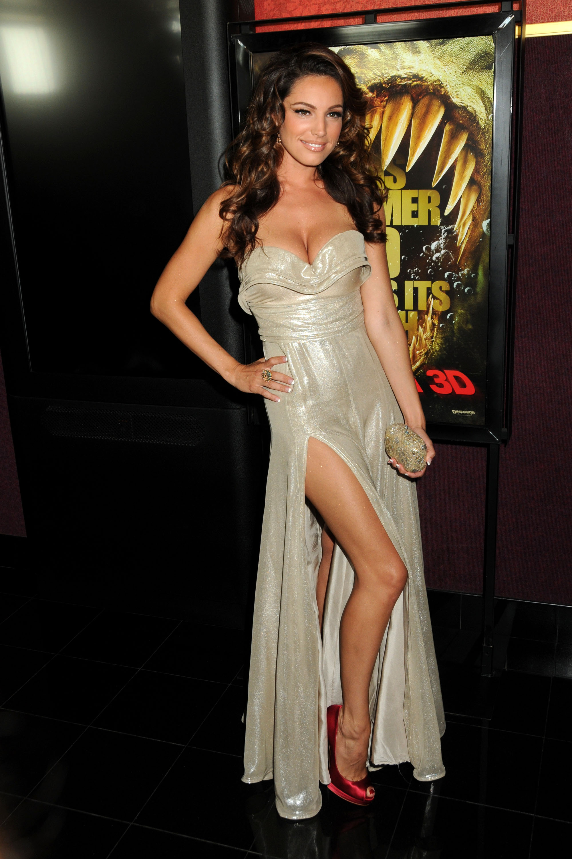 Kelly Brook Pics From Piranha 3d Premiere In Hollywood 18
