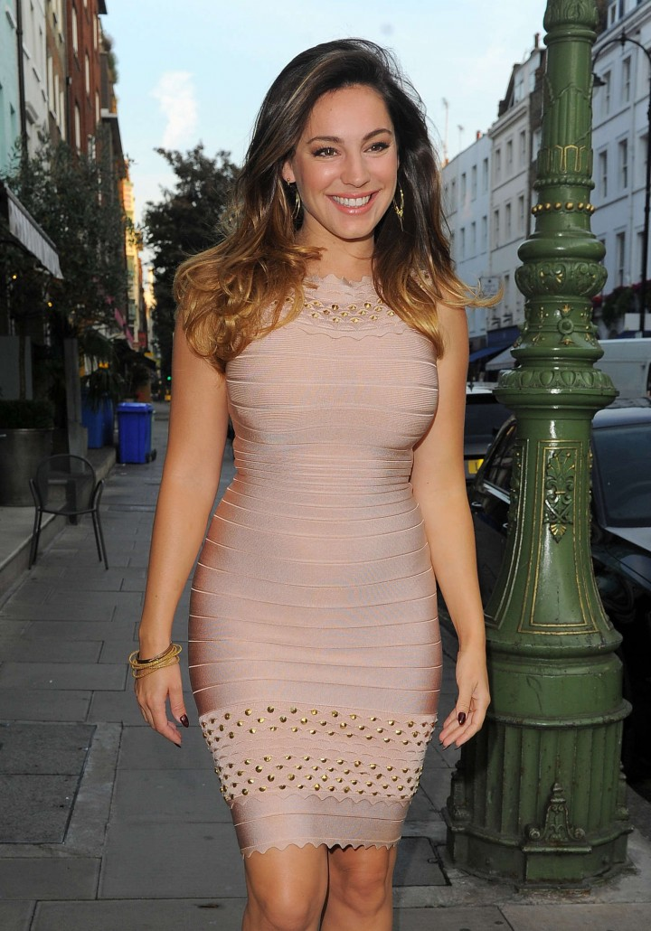 Kelly Brook in Tight Dress Leaving her Hotel in London