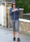 Kelly Brook in Tight Leggings-17
