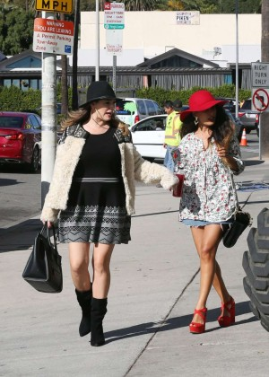 Kelly Brook in Mini Dress - Shopping in Los Angeles