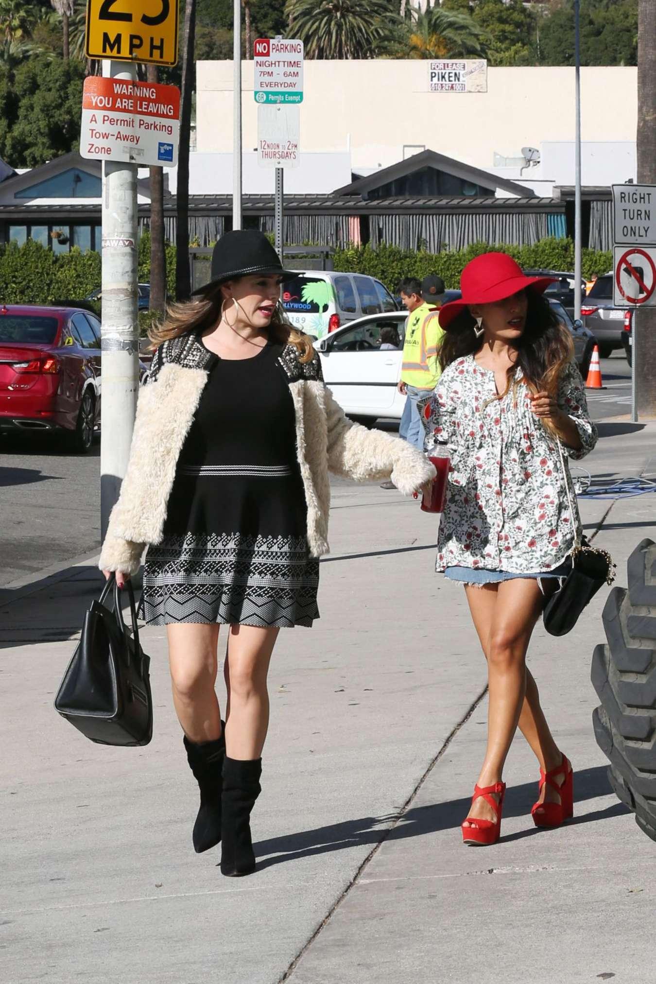 Kelly Brook in Mini Dress - Shopping in Los Angeles