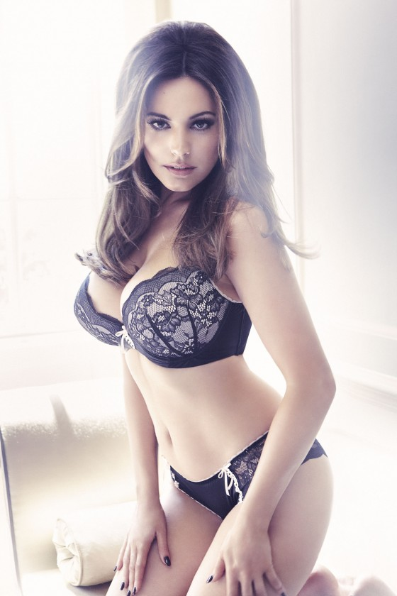 Kelly Brook - Underwear For New Look