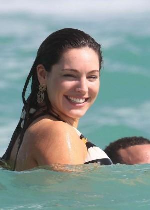 Kelly Brook Hot Bikini Photos: 2014 in Miami -02