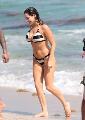 Kelly Brook Hot Bikini Photos: 2014 in Miami -48