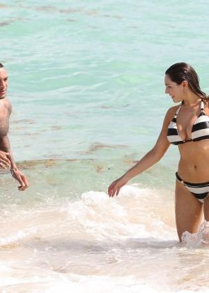 Kelly Brook Hot Bikini Photos: 2014 in Miami -50