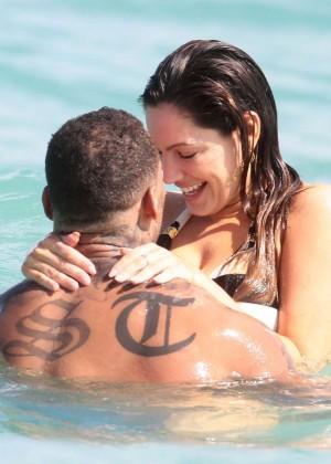 Kelly Brook Hot Bikini Photos: 2014 in Miami -59