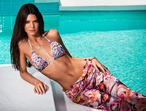 Kendall-Jenner-Agua-Bendita-2014-Photos-