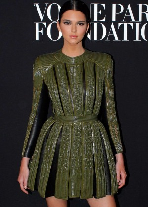 Kendall Jenner at 2014 Vogue Foundation Gala -04